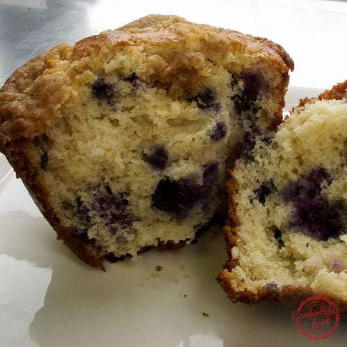 Blueberry Pancake Muffins with Maple Crumble 2