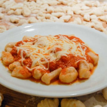 An easy recipe for making potato gnocchi pasta.