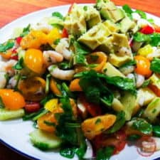 Very colorful shrimp cilantro orange spinach salad thumb