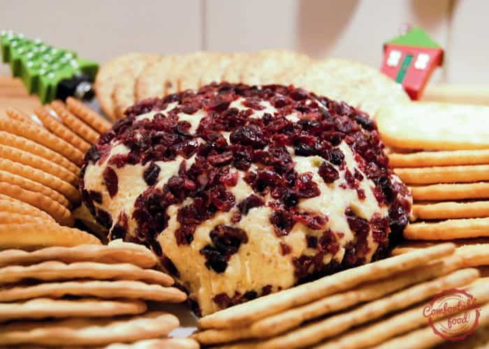 Cheddar and Cranberry Cheese Ball 1