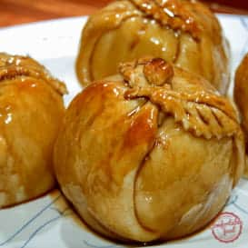 An old fashioned apple dumpling recipe.