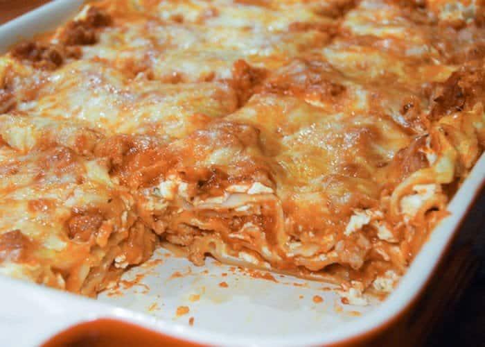 Easy, Classic Meat Lasagna Recipe 1