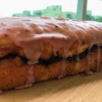 Lemon raspberry sour cream pound cake 2