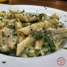 A quick and easy chicken alfredo pasta recipe.